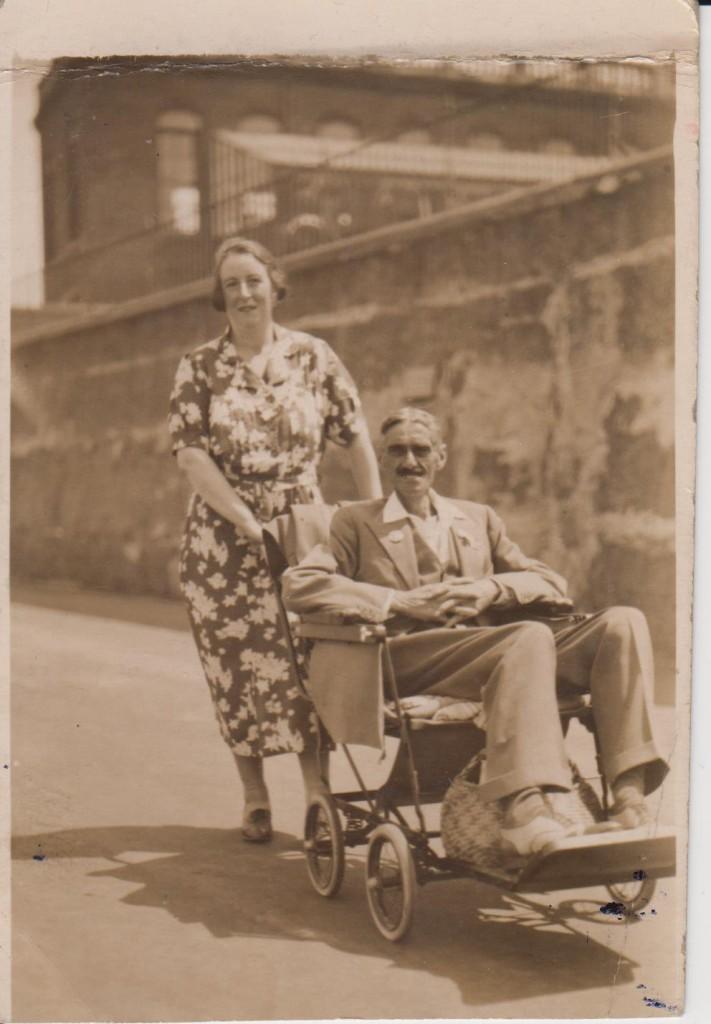 Charlie with wife Georgina Charlton in 1937