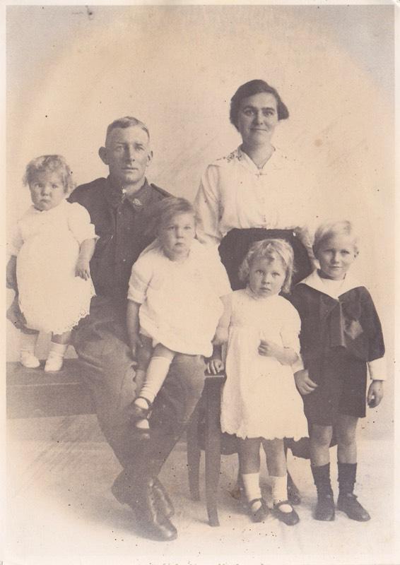 Angus McPherson-family