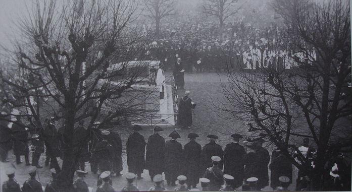 Salisbury war memorial inauguration, Sunday 12th February 1922